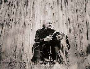 Johnny Cash reads