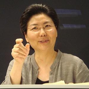 myung-mi-kim